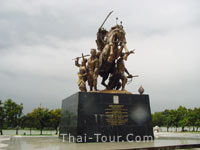 The Great King Taksin Monument
